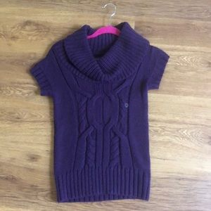 AE purple t shirt sweater
